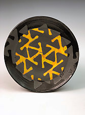 Plate with Pinwheel Pattern II by Thomas Harris (Ceramic Platter)