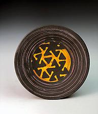 Pinwheel Pattern Plate by Thomas Harris (Ceramic Plate)