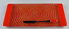 Small ColorCentric Red Serving Plank by Terry Gomien (Art Glass Tray)