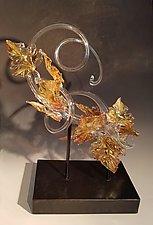 Golden Leaf Curls by Jacqueline McKinny (Art Glass Sculpture)