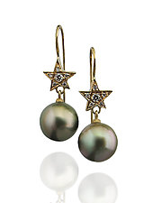 Estela by Veronica Eckert (Gold, Stone & Pearl Earrings)