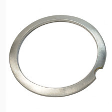 Mares Bangle by Ellen Ito (Silver Bracelet)
