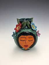 Primas II by Lilia Venier (Ceramic Vase)