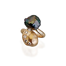 Keshi Nugget Ring by Veronica Eckert (Gold, Stone & Pearl Ring)