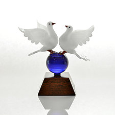 Love Togetherness Doves by Hung Nguyen (Art Glass Sculpture)