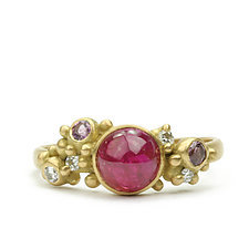 Coco Ring with Ruby Cabochon by Marian Maurer (Gold & Stone Ring)