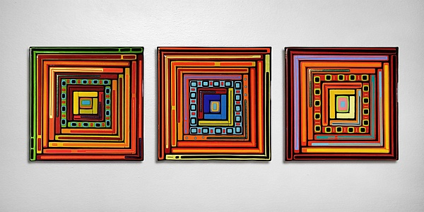 Log Cabin Triptych - Square Panels