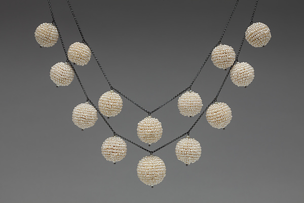 Pearl Baubles Necklace