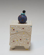 Double White Squiggle Box by Vaughan Nelson (Ceramic Box)