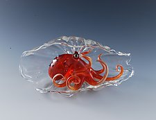 Tako Shell in Red by Jeremy Sinkus (Art Glass Sculpture)