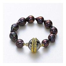 Paja Pearl Bracelet by Ellen Himic (Gold, Silver & Pearl Bracelet)