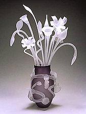 Leaf Vase with Etched Bouquet by David Van Noppen (Art Glass Sculpture)