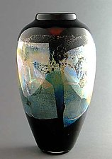 Goldbraun Tsubo by Suzanne Guttman (Art Glass Vase)