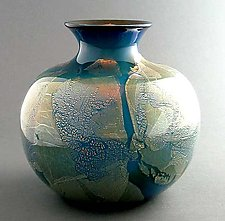 SilverBlu Spittoon by Suzanne Guttman (Art Glass Vase)