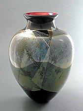 Red Spade by Suzanne Guttman (Art Glass Vase)