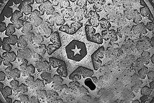 Stars_Pa 25_001 by Allan Baillie (Black & White Photograph)