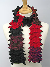 Garland by Sonya Mackintosh  (Knit Scarf)