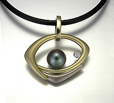 Sophia Pendant by Britt Anderson (Gold & Pearl Pendant)