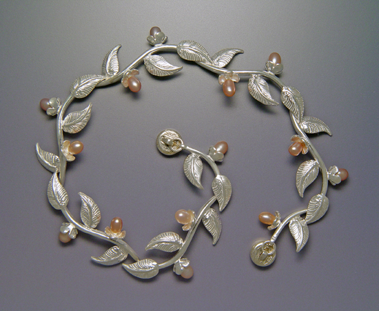 Multi-Leaf Bracelet with Pearls