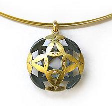 Flower Pendant by Keiko Mita (Gold, & Stone Pendant)