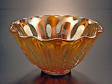 Clamshell by Jonathan Winfisky (Art Glass Vessel)