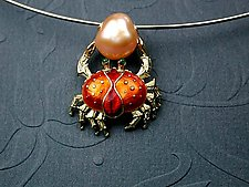 Enameled Crab by Kim Eric Lilot (Necklace)