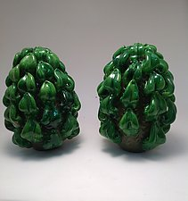 Hops Buds by Dierk Van Keppel (Art Glass Sculpture)