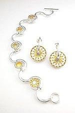 Slolam Bracelet by Victoria Varga (Gold & Silver Bracelet)