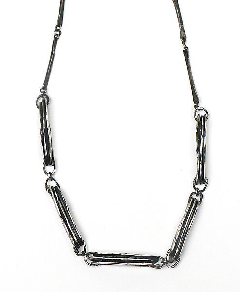 Hammered Ovals Mixed Chain Link Necklace