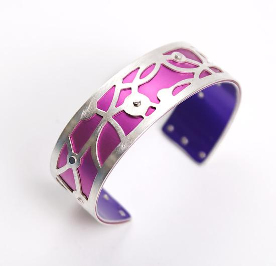 Extra Small Crop Circle Cuff - Fuchsia