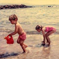 Beachplay by Julie Betts Testwuide (Giclee Print)