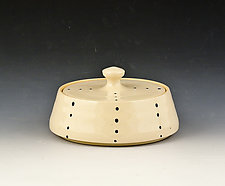 Small Lidded Box by Marilee Schumann (Ceramic Box)