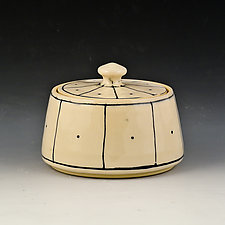 Small Lidded Box 4 by Marilee Schumann (Ceramic Box)