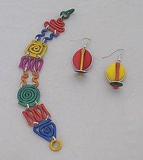 Scribble Bracelet and Orb Earrings by Sylvi Harwin (Aluminum Bracelet & Earrings)