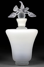 Novi Zivot (New Life) Satin Ivory by Eric Bladholm (Art Glass Sculpture)