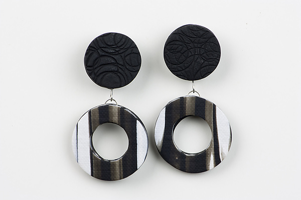 Nikki Earring in Black
