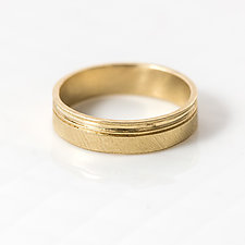 Double Sideline 5mm Men's Gold Band by Melanie Casey (Gold Ring)
