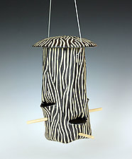 Woodgrain Bird Feeder by Larry Halvorsen (Ceramic Bird Feeder)