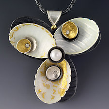 Shell Pin/Pendant by Jennifer Park (Enameled Necklace)