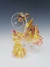 Quintuple Glass Leaf Sculpture in Gold Fume by Jacqueline McKinny (Art Glass Sculpture)