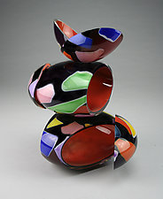 Remnant Vessel in Red and Black by Justin Hunting (Art Glass Sculpture)