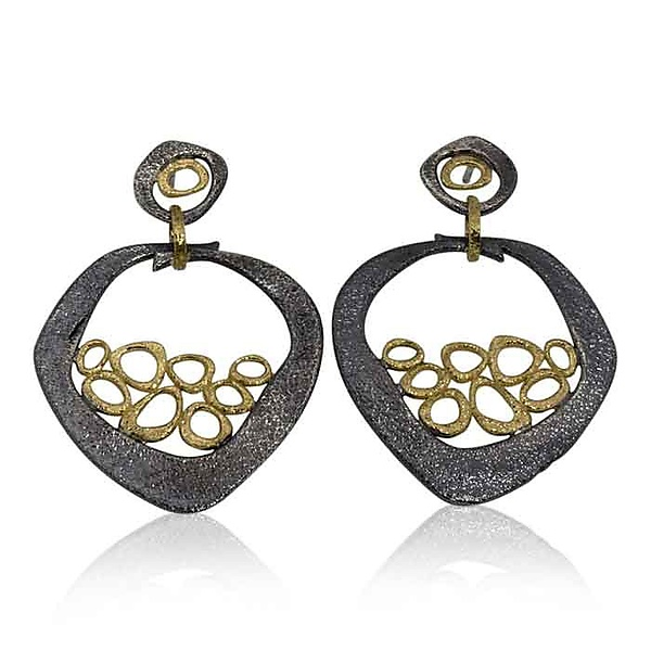 Open Pebble Mesh Earrings