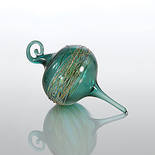 Juniper Drop by R. Jason Howard (Art Glass Ornament)
