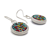 Circular Band Earrings by Claudia Fajardo (Beaded Earrings)