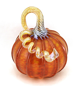 Small Orange Harvest Pumpkin by Ken Hanson and Ingrid Hanson (Art Glass Sculpture)