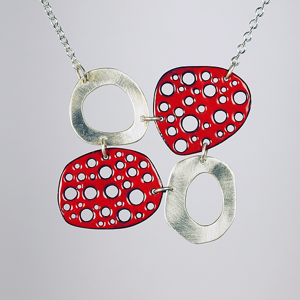 Mod Perforated Choker in Red