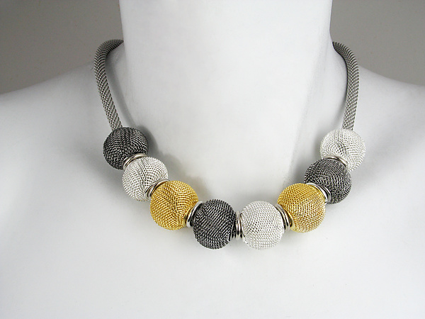Round Mesh Ball Necklace