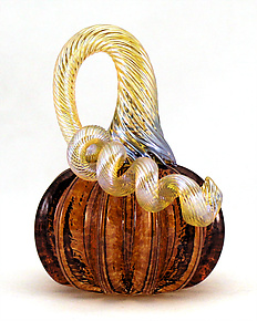 Mini Aurora Pumpkin by Ken Hanson and Ingrid Hanson (Art Glass Sculpture)