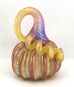 Mini Saffron Cinnamon Pumpkin by Ken Hanson and Ingrid Hanson (Art Glass Sculpture)
