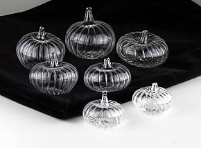 7 Piece Pumpkin Set by Bandhu Scott Dunham (Art Glass Sculpture)